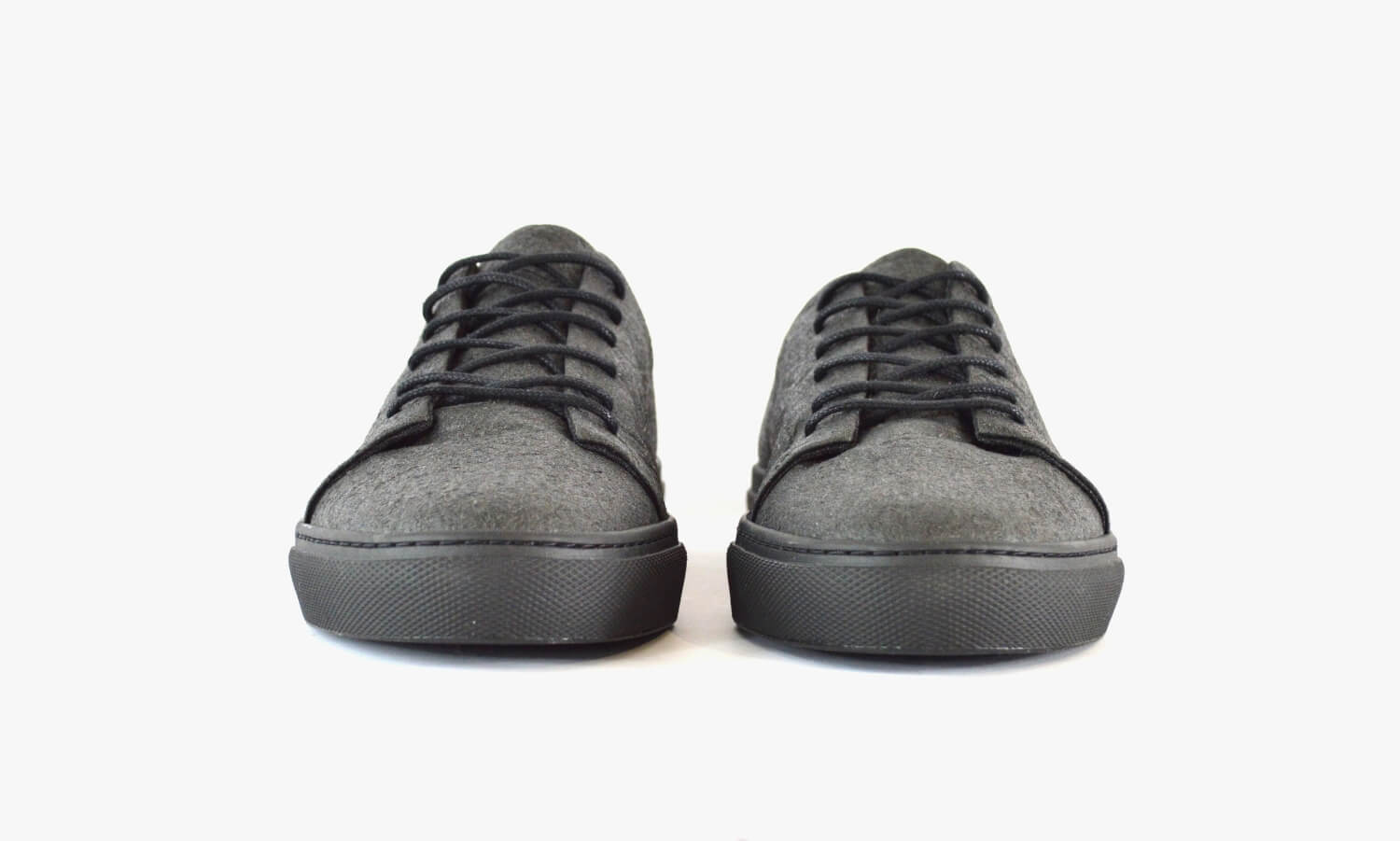'02 Black Sneaker Unisex von SORBAS Shoes
