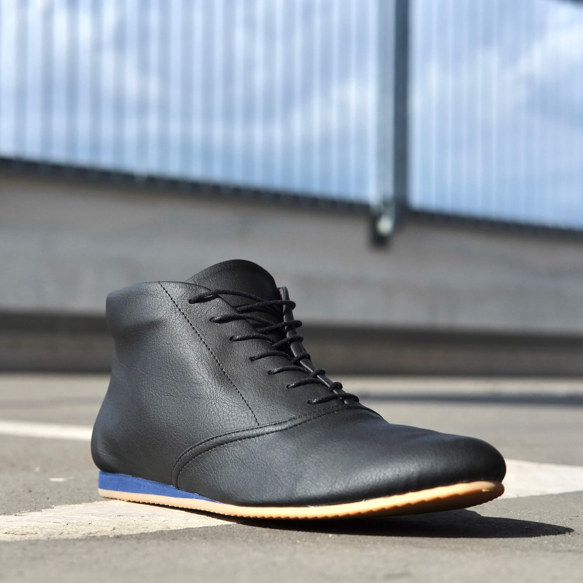 '85V Black / Blue Sneaker Stiefelette von SORBAS Shoes